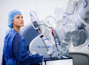 Robots and simulators
